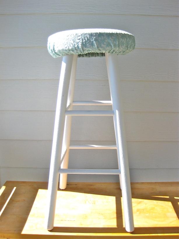 diy making a name stool