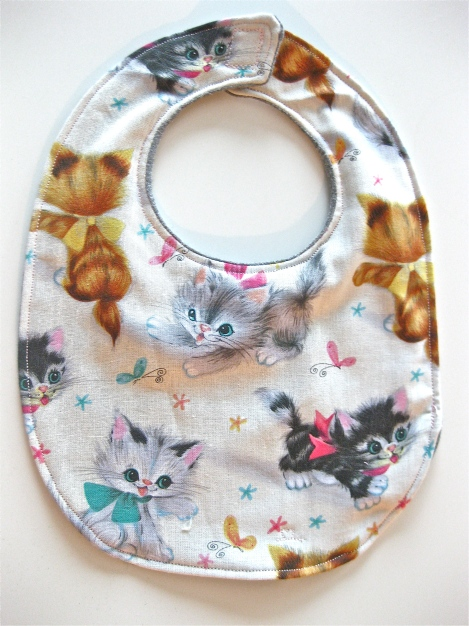 Super Cute Kitty Bib!